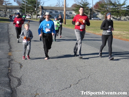 6th Annual Turkey Trot 5K Run/Walk<br><br><br><br><a href='https://www.trisportsevents.com/pics/IMG_0478_48376436.JPG' download='IMG_0478_48376436.JPG'>Click here to download.</a><Br><a href='http://www.facebook.com/sharer.php?u=http:%2F%2Fwww.trisportsevents.com%2Fpics%2FIMG_0478_48376436.JPG&t=6th Annual Turkey Trot 5K Run/Walk' target='_blank'><img src='images/fb_share.png' width='100'></a>