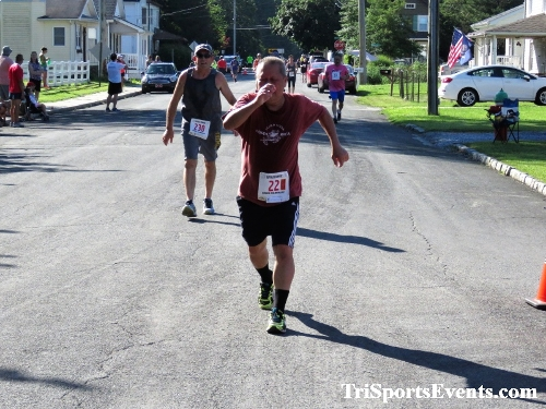 41st Great Wyoming Buffalo Stampede 5K/10K<br><br><br><br><a href='https://www.trisportsevents.com/pics/IMG_0486_41023853.JPG' download='IMG_0486_41023853.JPG'>Click here to download.</a><Br><a href='http://www.facebook.com/sharer.php?u=http:%2F%2Fwww.trisportsevents.com%2Fpics%2FIMG_0486_41023853.JPG&t=41st Great Wyoming Buffalo Stampede 5K/10K' target='_blank'><img src='images/fb_share.png' width='100'></a>