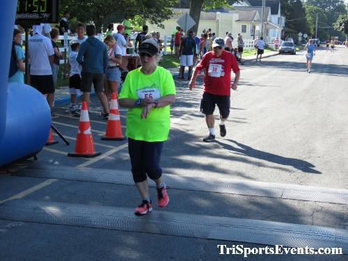 41st Great Wyoming Buffalo Stampede 5K/10K<br><br><br><br><a href='https://www.trisportsevents.com/pics/IMG_0500_48268951.JPG' download='IMG_0500_48268951.JPG'>Click here to download.</a><Br><a href='http://www.facebook.com/sharer.php?u=http:%2F%2Fwww.trisportsevents.com%2Fpics%2FIMG_0500_48268951.JPG&t=41st Great Wyoming Buffalo Stampede 5K/10K' target='_blank'><img src='images/fb_share.png' width='100'></a>