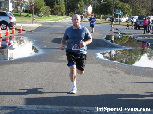 Rock Hall FallFest Rub for Character 5K Run/Walk<br><br><br><br><a href='https://www.trisportsevents.com/pics/IMG_0504_84724143.JPG' download='IMG_0504_84724143.JPG'>Click here to download.</a><Br><a href='http://www.facebook.com/sharer.php?u=http:%2F%2Fwww.trisportsevents.com%2Fpics%2FIMG_0504_84724143.JPG&t=Rock Hall FallFest Rub for Character 5K Run/Walk' target='_blank'><img src='images/fb_share.png' width='100'></a>