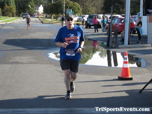 Rock Hall FallFest Rub for Character 5K Run/Walk<br><br><br><br><a href='https://www.trisportsevents.com/pics/IMG_0505_47589336.JPG' download='IMG_0505_47589336.JPG'>Click here to download.</a><Br><a href='http://www.facebook.com/sharer.php?u=http:%2F%2Fwww.trisportsevents.com%2Fpics%2FIMG_0505_47589336.JPG&t=Rock Hall FallFest Rub for Character 5K Run/Walk' target='_blank'><img src='images/fb_share.png' width='100'></a>