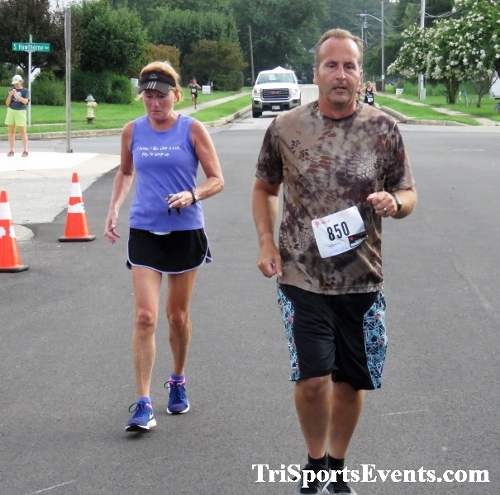 Ryan's Race 5K Run/Walk<br><br><br><br><a href='http://www.trisportsevents.com/pics/IMG_0513.JPG' download='IMG_0513.JPG'>Click here to download.</a><Br><a href='http://www.facebook.com/sharer.php?u=http:%2F%2Fwww.trisportsevents.com%2Fpics%2FIMG_0513.JPG&t=Ryan's Race 5K Run/Walk' target='_blank'><img src='images/fb_share.png' width='100'></a>