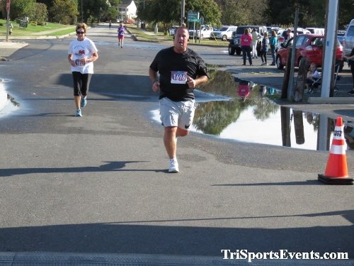 Rock Hall FallFest Rub for Character 5K Run/Walk<br><br><br><br><a href='https://www.trisportsevents.com/pics/IMG_0513_71078660.JPG' download='IMG_0513_71078660.JPG'>Click here to download.</a><Br><a href='http://www.facebook.com/sharer.php?u=http:%2F%2Fwww.trisportsevents.com%2Fpics%2FIMG_0513_71078660.JPG&t=Rock Hall FallFest Rub for Character 5K Run/Walk' target='_blank'><img src='images/fb_share.png' width='100'></a>