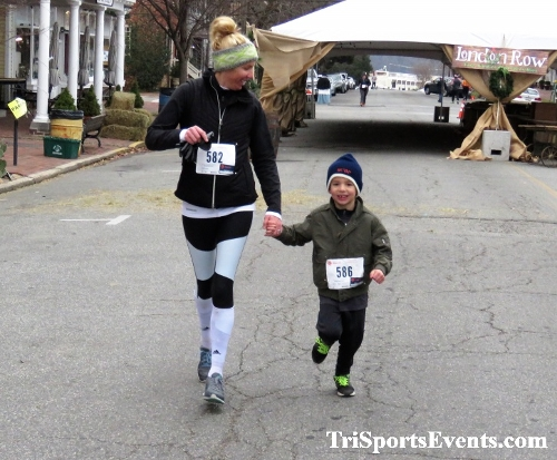Run Like The Dickens 5K Run/Walk<br><br><br><br><a href='https://www.trisportsevents.com/pics/IMG_0518_75621070.JPG' download='IMG_0518_75621070.JPG'>Click here to download.</a><Br><a href='http://www.facebook.com/sharer.php?u=http:%2F%2Fwww.trisportsevents.com%2Fpics%2FIMG_0518_75621070.JPG&t=Run Like The Dickens 5K Run/Walk' target='_blank'><img src='images/fb_share.png' width='100'></a>
