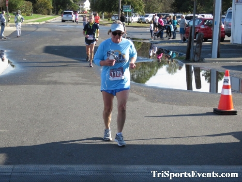 Rock Hall FallFest Rub for Character 5K Run/Walk<br><br><br><br><a href='https://www.trisportsevents.com/pics/IMG_0519_66412110.JPG' download='IMG_0519_66412110.JPG'>Click here to download.</a><Br><a href='http://www.facebook.com/sharer.php?u=http:%2F%2Fwww.trisportsevents.com%2Fpics%2FIMG_0519_66412110.JPG&t=Rock Hall FallFest Rub for Character 5K Run/Walk' target='_blank'><img src='images/fb_share.png' width='100'></a>