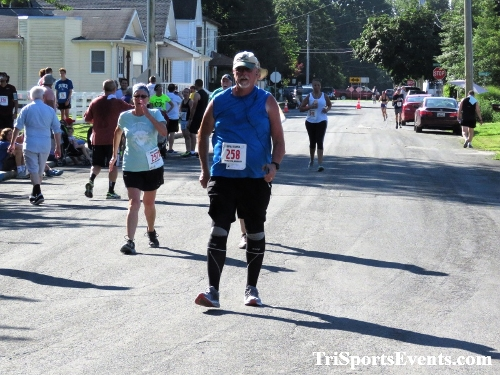 41st Great Wyoming Buffalo Stampede 5K/10K<br><br><br><br><a href='https://www.trisportsevents.com/pics/IMG_0523_54236725.JPG' download='IMG_0523_54236725.JPG'>Click here to download.</a><Br><a href='http://www.facebook.com/sharer.php?u=http:%2F%2Fwww.trisportsevents.com%2Fpics%2FIMG_0523_54236725.JPG&t=41st Great Wyoming Buffalo Stampede 5K/10K' target='_blank'><img src='images/fb_share.png' width='100'></a>