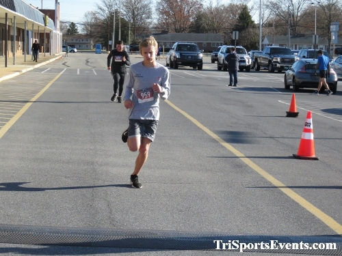 6th Annual Turkey Trot 5K Run/Walk<br><br><br><br><a href='https://www.trisportsevents.com/pics/IMG_0543_6428960.JPG' download='IMG_0543_6428960.JPG'>Click here to download.</a><Br><a href='http://www.facebook.com/sharer.php?u=http:%2F%2Fwww.trisportsevents.com%2Fpics%2FIMG_0543_6428960.JPG&t=6th Annual Turkey Trot 5K Run/Walk' target='_blank'><img src='images/fb_share.png' width='100'></a>