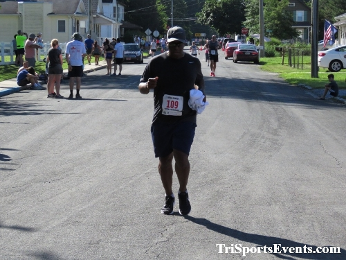 41st Great Wyoming Buffalo Stampede 5K/10K<br><br><br><br><a href='https://www.trisportsevents.com/pics/IMG_0558_52324195.JPG' download='IMG_0558_52324195.JPG'>Click here to download.</a><Br><a href='http://www.facebook.com/sharer.php?u=http:%2F%2Fwww.trisportsevents.com%2Fpics%2FIMG_0558_52324195.JPG&t=41st Great Wyoming Buffalo Stampede 5K/10K' target='_blank'><img src='images/fb_share.png' width='100'></a>