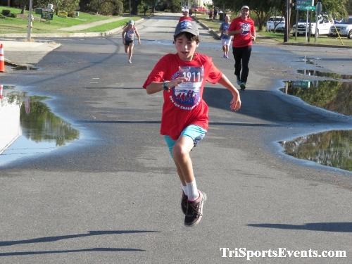 Rock Hall FallFest Rub for Character 5K Run/Walk<br><br><br><br><a href='https://www.trisportsevents.com/pics/IMG_0564_99520300.JPG' download='IMG_0564_99520300.JPG'>Click here to download.</a><Br><a href='http://www.facebook.com/sharer.php?u=http:%2F%2Fwww.trisportsevents.com%2Fpics%2FIMG_0564_99520300.JPG&t=Rock Hall FallFest Rub for Character 5K Run/Walk' target='_blank'><img src='images/fb_share.png' width='100'></a>