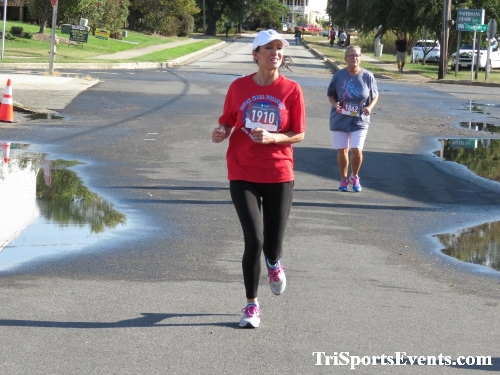 Rock Hall FallFest Rub for Character 5K Run/Walk<br><br><br><br><a href='https://www.trisportsevents.com/pics/IMG_0566_84379110.JPG' download='IMG_0566_84379110.JPG'>Click here to download.</a><Br><a href='http://www.facebook.com/sharer.php?u=http:%2F%2Fwww.trisportsevents.com%2Fpics%2FIMG_0566_84379110.JPG&t=Rock Hall FallFest Rub for Character 5K Run/Walk' target='_blank'><img src='images/fb_share.png' width='100'></a>