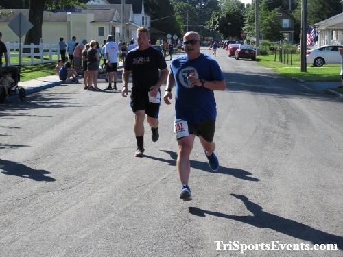 41st Great Wyoming Buffalo Stampede 5K/10K<br><br><br><br><a href='http://www.trisportsevents.com/pics/IMG_0573_40519471.JPG' download='IMG_0573_40519471.JPG'>Click here to download.</a><Br><a href='http://www.facebook.com/sharer.php?u=http:%2F%2Fwww.trisportsevents.com%2Fpics%2FIMG_0573_40519471.JPG&t=41st Great Wyoming Buffalo Stampede 5K/10K' target='_blank'><img src='images/fb_share.png' width='100'></a>