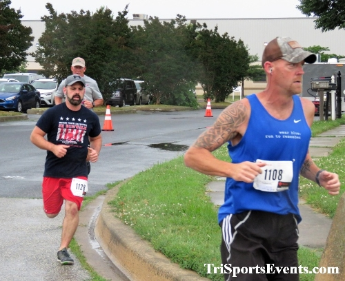 CrossFit Dover - Team RWB 5K Run/Walk & 1.5 Mile Fitness Challenge<br><br><br><br><a href='https://www.trisportsevents.com/pics/IMG_0579.JPG' download='IMG_0579.JPG'>Click here to download.</a><Br><a href='http://www.facebook.com/sharer.php?u=http:%2F%2Fwww.trisportsevents.com%2Fpics%2FIMG_0579.JPG&t=CrossFit Dover - Team RWB 5K Run/Walk & 1.5 Mile Fitness Challenge' target='_blank'><img src='images/fb_share.png' width='100'></a>