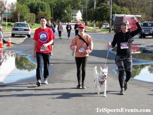 Rock Hall FallFest Rub for Character 5K Run/Walk<br><br><br><br><a href='https://www.trisportsevents.com/pics/IMG_0586_90211211.JPG' download='IMG_0586_90211211.JPG'>Click here to download.</a><Br><a href='http://www.facebook.com/sharer.php?u=http:%2F%2Fwww.trisportsevents.com%2Fpics%2FIMG_0586_90211211.JPG&t=Rock Hall FallFest Rub for Character 5K Run/Walk' target='_blank'><img src='images/fb_share.png' width='100'></a>