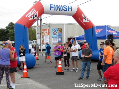 Rock Hall FallFest Rub for Character 5K Run/Walk<br><br><br><br><a href='https://www.trisportsevents.com/pics/IMG_0594_77688553.JPG' download='IMG_0594_77688553.JPG'>Click here to download.</a><Br><a href='http://www.facebook.com/sharer.php?u=http:%2F%2Fwww.trisportsevents.com%2Fpics%2FIMG_0594_77688553.JPG&t=Rock Hall FallFest Rub for Character 5K Run/Walk' target='_blank'><img src='images/fb_share.png' width='100'></a>