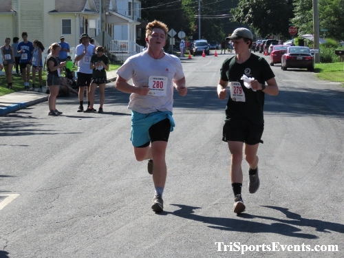 41st Great Wyoming Buffalo Stampede 5K/10K<br><br><br><br><a href='http://www.trisportsevents.com/pics/IMG_0597_64046709.JPG' download='IMG_0597_64046709.JPG'>Click here to download.</a><Br><a href='http://www.facebook.com/sharer.php?u=http:%2F%2Fwww.trisportsevents.com%2Fpics%2FIMG_0597_64046709.JPG&t=41st Great Wyoming Buffalo Stampede 5K/10K' target='_blank'><img src='images/fb_share.png' width='100'></a>