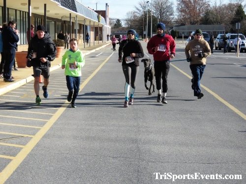 6th Annual Turkey Trot 5K Run/Walk<br><br><br><br><a href='https://www.trisportsevents.com/pics/IMG_0600_37313424.JPG' download='IMG_0600_37313424.JPG'>Click here to download.</a><Br><a href='http://www.facebook.com/sharer.php?u=http:%2F%2Fwww.trisportsevents.com%2Fpics%2FIMG_0600_37313424.JPG&t=6th Annual Turkey Trot 5K Run/Walk' target='_blank'><img src='images/fb_share.png' width='100'></a>
