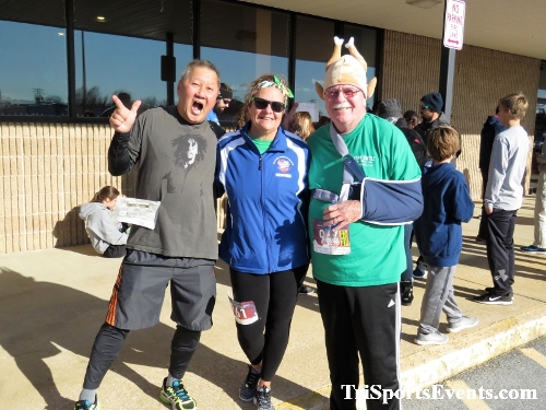 6th Annual Turkey Trot 5K Run/Walk<br><br><br><br><a href='https://www.trisportsevents.com/pics/IMG_0653_76163102.JPG' download='IMG_0653_76163102.JPG'>Click here to download.</a><Br><a href='http://www.facebook.com/sharer.php?u=http:%2F%2Fwww.trisportsevents.com%2Fpics%2FIMG_0653_76163102.JPG&t=6th Annual Turkey Trot 5K Run/Walk' target='_blank'><img src='images/fb_share.png' width='100'></a>