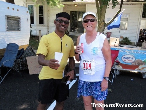 41st Great Wyoming Buffalo Stampede 5K/10K<br><br><br><br><a href='http://www.trisportsevents.com/pics/IMG_0676_71537464.JPG' download='IMG_0676_71537464.JPG'>Click here to download.</a><Br><a href='http://www.facebook.com/sharer.php?u=http:%2F%2Fwww.trisportsevents.com%2Fpics%2FIMG_0676_71537464.JPG&t=41st Great Wyoming Buffalo Stampede 5K/10K' target='_blank'><img src='images/fb_share.png' width='100'></a>