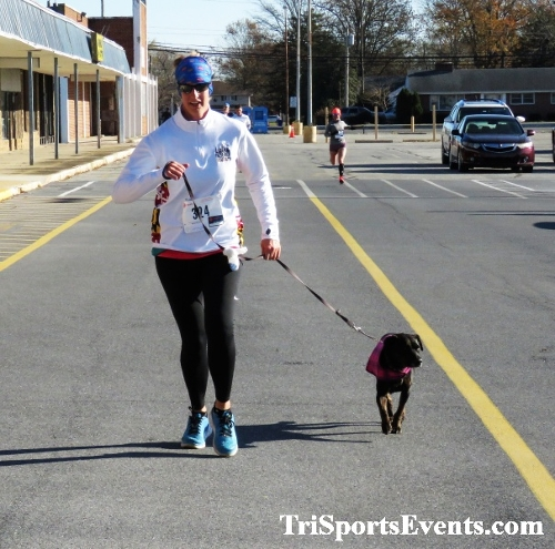 5th AnnualTurkey Trot 5K Run/Walk<br><br><br><br><a href='http://www.trisportsevents.com/pics/IMG_0737_10752114.JPG' download='IMG_0737_10752114.JPG'>Click here to download.</a><Br><a href='http://www.facebook.com/sharer.php?u=http:%2F%2Fwww.trisportsevents.com%2Fpics%2FIMG_0737_10752114.JPG&t=5th AnnualTurkey Trot 5K Run/Walk' target='_blank'><img src='images/fb_share.png' width='100'></a>