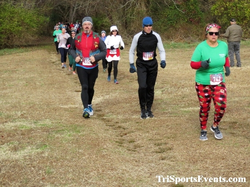 21st Reindeer Stampede 5K Run/Walk<br><br><br><br><a href='https://www.trisportsevents.com/pics/IMG_0743_79419975.JPG' download='IMG_0743_79419975.JPG'>Click here to download.</a><Br><a href='http://www.facebook.com/sharer.php?u=http:%2F%2Fwww.trisportsevents.com%2Fpics%2FIMG_0743_79419975.JPG&t=21st Reindeer Stampede 5K Run/Walk' target='_blank'><img src='images/fb_share.png' width='100'></a>
