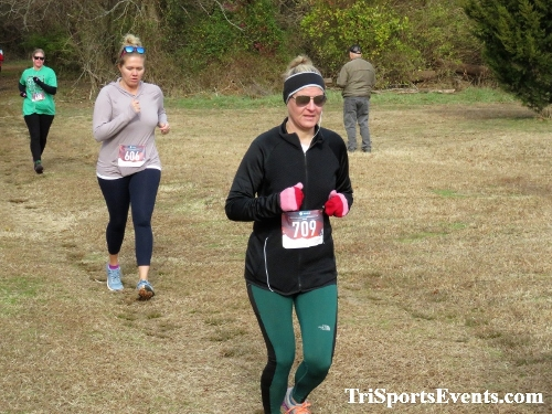 21st Reindeer Stampede 5K Run/Walk<br><br><br><br><a href='https://www.trisportsevents.com/pics/IMG_0745_24356926.JPG' download='IMG_0745_24356926.JPG'>Click here to download.</a><Br><a href='http://www.facebook.com/sharer.php?u=http:%2F%2Fwww.trisportsevents.com%2Fpics%2FIMG_0745_24356926.JPG&t=21st Reindeer Stampede 5K Run/Walk' target='_blank'><img src='images/fb_share.png' width='100'></a>