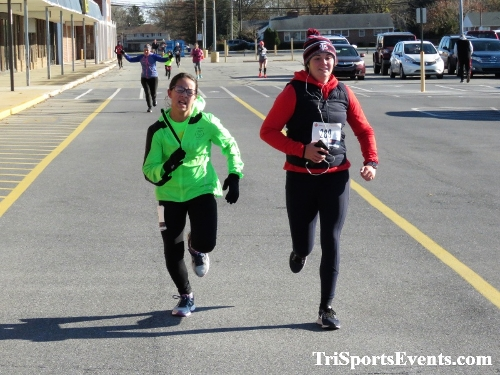 5th AnnualTurkey Trot 5K Run/Walk<br><br><br><br><a href='http://www.trisportsevents.com/pics/IMG_0755_73936151.JPG' download='IMG_0755_73936151.JPG'>Click here to download.</a><Br><a href='http://www.facebook.com/sharer.php?u=http:%2F%2Fwww.trisportsevents.com%2Fpics%2FIMG_0755_73936151.JPG&t=5th AnnualTurkey Trot 5K Run/Walk' target='_blank'><img src='images/fb_share.png' width='100'></a>