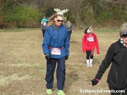 21st Reindeer Stampede 5K Run/Walk<br><br><br><br><a href='https://www.trisportsevents.com/pics/IMG_0775_71766372.JPG' download='IMG_0775_71766372.JPG'>Click here to download.</a><Br><a href='http://www.facebook.com/sharer.php?u=http:%2F%2Fwww.trisportsevents.com%2Fpics%2FIMG_0775_71766372.JPG&t=21st Reindeer Stampede 5K Run/Walk' target='_blank'><img src='images/fb_share.png' width='100'></a>