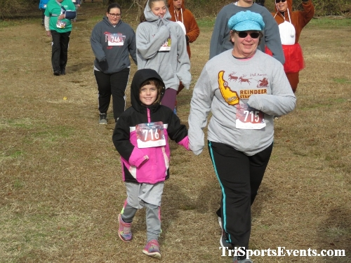 21st Reindeer Stampede 5K Run/Walk<br><br><br><br><a href='https://www.trisportsevents.com/pics/IMG_0780_97224035.JPG' download='IMG_0780_97224035.JPG'>Click here to download.</a><Br><a href='http://www.facebook.com/sharer.php?u=http:%2F%2Fwww.trisportsevents.com%2Fpics%2FIMG_0780_97224035.JPG&t=21st Reindeer Stampede 5K Run/Walk' target='_blank'><img src='images/fb_share.png' width='100'></a>