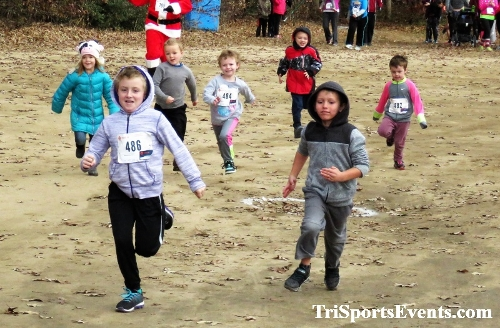 20th Annual Reindeer Stampede 5K Run/Walk<br><br><br><br><a href='https://www.trisportsevents.com/pics/IMG_0840.JPG' download='IMG_0840.JPG'>Click here to download.</a><Br><a href='http://www.facebook.com/sharer.php?u=http:%2F%2Fwww.trisportsevents.com%2Fpics%2FIMG_0840.JPG&t=20th Annual Reindeer Stampede 5K Run/Walk' target='_blank'><img src='images/fb_share.png' width='100'></a>