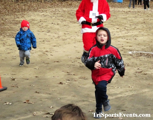 20th Annual Reindeer Stampede 5K Run/Walk<br><br><br><br><a href='https://www.trisportsevents.com/pics/IMG_0843.JPG' download='IMG_0843.JPG'>Click here to download.</a><Br><a href='http://www.facebook.com/sharer.php?u=http:%2F%2Fwww.trisportsevents.com%2Fpics%2FIMG_0843.JPG&t=20th Annual Reindeer Stampede 5K Run/Walk' target='_blank'><img src='images/fb_share.png' width='100'></a>