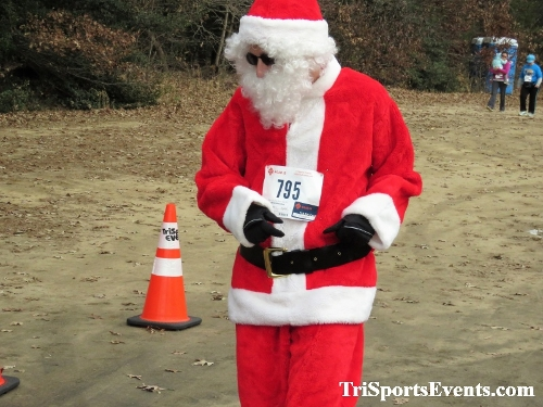 20th Annual Reindeer Stampede 5K Run/Walk<br><br><br><br><a href='https://www.trisportsevents.com/pics/IMG_0845.JPG' download='IMG_0845.JPG'>Click here to download.</a><Br><a href='http://www.facebook.com/sharer.php?u=http:%2F%2Fwww.trisportsevents.com%2Fpics%2FIMG_0845.JPG&t=20th Annual Reindeer Stampede 5K Run/Walk' target='_blank'><img src='images/fb_share.png' width='100'></a>