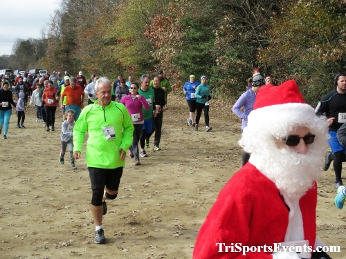 20th Annual Reindeer Stampede 5K Run/Walk<br><br><br><br><a href='http://www.trisportsevents.com/pics/IMG_0860_73565086.JPG' download='IMG_0860_73565086.JPG'>Click here to download.</a><Br><a href='http://www.facebook.com/sharer.php?u=http:%2F%2Fwww.trisportsevents.com%2Fpics%2FIMG_0860_73565086.JPG&t=20th Annual Reindeer Stampede 5K Run/Walk' target='_blank'><img src='images/fb_share.png' width='100'></a>