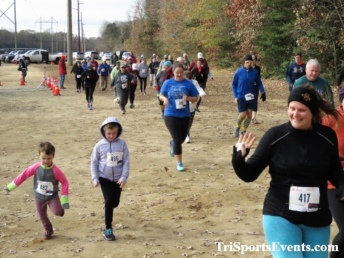 20th Annual Reindeer Stampede 5K Run/Walk<br><br><br><br><a href='https://www.trisportsevents.com/pics/IMG_0863.JPG' download='IMG_0863.JPG'>Click here to download.</a><Br><a href='http://www.facebook.com/sharer.php?u=http:%2F%2Fwww.trisportsevents.com%2Fpics%2FIMG_0863.JPG&t=20th Annual Reindeer Stampede 5K Run/Walk' target='_blank'><img src='images/fb_share.png' width='100'></a>
