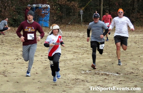 20th Annual Reindeer Stampede 5K Run/Walk<br><br><br><br><a href='http://www.trisportsevents.com/pics/IMG_0927.JPG' download='IMG_0927.JPG'>Click here to download.</a><Br><a href='http://www.facebook.com/sharer.php?u=http:%2F%2Fwww.trisportsevents.com%2Fpics%2FIMG_0927.JPG&t=20th Annual Reindeer Stampede 5K Run/Walk' target='_blank'><img src='images/fb_share.png' width='100'></a>