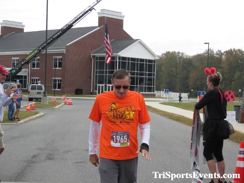 Halloween 5K Run/Walk- Woodbridge HS MCJROTC<br><br><br><br><a href='https://www.trisportsevents.com/pics/IMG_0939_62737502.JPG' download='IMG_0939_62737502.JPG'>Click here to download.</a><Br><a href='http://www.facebook.com/sharer.php?u=http:%2F%2Fwww.trisportsevents.com%2Fpics%2FIMG_0939_62737502.JPG&t=Halloween 5K Run/Walk- Woodbridge HS MCJROTC' target='_blank'><img src='images/fb_share.png' width='100'></a>
