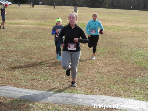 21st Reindeer Stampede 5K Run/Walk<br><br><br><br><a href='https://www.trisportsevents.com/pics/IMG_0988_47600312.JPG' download='IMG_0988_47600312.JPG'>Click here to download.</a><Br><a href='http://www.facebook.com/sharer.php?u=http:%2F%2Fwww.trisportsevents.com%2Fpics%2FIMG_0988_47600312.JPG&t=21st Reindeer Stampede 5K Run/Walk' target='_blank'><img src='images/fb_share.png' width='100'></a>