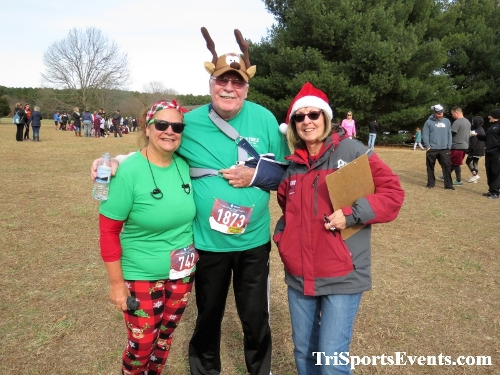 21st Reindeer Stampede 5K Run/Walk<br><br><br><br><a href='https://www.trisportsevents.com/pics/IMG_1040_6465941.JPG' download='IMG_1040_6465941.JPG'>Click here to download.</a><Br><a href='http://www.facebook.com/sharer.php?u=http:%2F%2Fwww.trisportsevents.com%2Fpics%2FIMG_1040_6465941.JPG&t=21st Reindeer Stampede 5K Run/Walk' target='_blank'><img src='images/fb_share.png' width='100'></a>