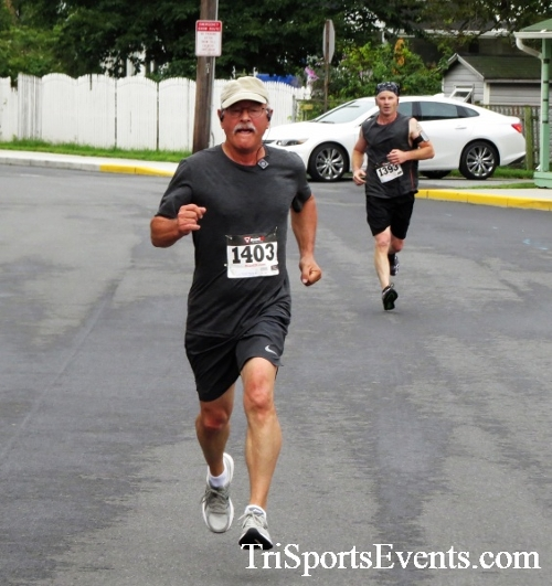 Clayton Fire Running Hot 5K Run/Walk/Roll<br><br><br><br><a href='https://www.trisportsevents.com/pics/IMG_3150.JPG' download='IMG_3150.JPG'>Click here to download.</a><Br><a href='http://www.facebook.com/sharer.php?u=http:%2F%2Fwww.trisportsevents.com%2Fpics%2FIMG_3150.JPG&t=Clayton Fire Running Hot 5K Run/Walk/Roll' target='_blank'><img src='images/fb_share.png' width='100'></a>