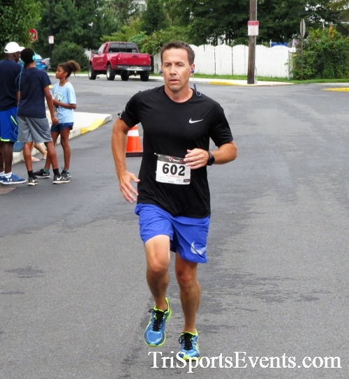 Clayton Fire Running Hot 5K Run/Walk/Roll<br><br><br><br><a href='https://www.trisportsevents.com/pics/IMG_3157.JPG' download='IMG_3157.JPG'>Click here to download.</a><Br><a href='http://www.facebook.com/sharer.php?u=http:%2F%2Fwww.trisportsevents.com%2Fpics%2FIMG_3157.JPG&t=Clayton Fire Running Hot 5K Run/Walk/Roll' target='_blank'><img src='images/fb_share.png' width='100'></a>
