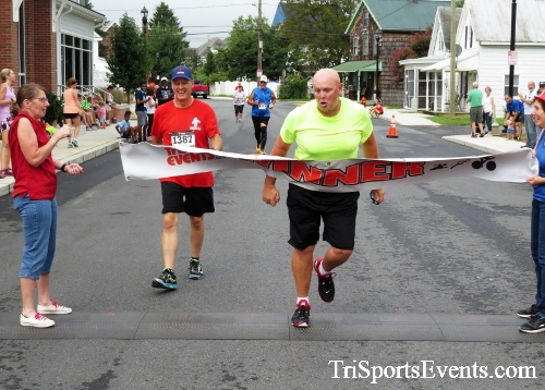 Clayton Fire Running Hot 5K Run/Walk/Roll<br><br><br><br><a href='https://www.trisportsevents.com/pics/IMG_3203.JPG' download='IMG_3203.JPG'>Click here to download.</a><Br><a href='http://www.facebook.com/sharer.php?u=http:%2F%2Fwww.trisportsevents.com%2Fpics%2FIMG_3203.JPG&t=Clayton Fire Running Hot 5K Run/Walk/Roll' target='_blank'><img src='images/fb_share.png' width='100'></a>