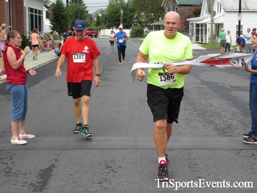 Clayton Fire Running Hot 5K Run/Walk/Roll<br><br><br><br><a href='https://www.trisportsevents.com/pics/IMG_3205.JPG' download='IMG_3205.JPG'>Click here to download.</a><Br><a href='http://www.facebook.com/sharer.php?u=http:%2F%2Fwww.trisportsevents.com%2Fpics%2FIMG_3205.JPG&t=Clayton Fire Running Hot 5K Run/Walk/Roll' target='_blank'><img src='images/fb_share.png' width='100'></a>