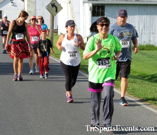 Pirates & Wenches 5K Run/Walk<br><br><br><br><a href='https://www.trisportsevents.com/pics/IMG_3295.JPG' download='IMG_3295.JPG'>Click here to download.</a><Br><a href='http://www.facebook.com/sharer.php?u=http:%2F%2Fwww.trisportsevents.com%2Fpics%2FIMG_3295.JPG&t=Pirates & Wenches 5K Run/Walk' target='_blank'><img src='images/fb_share.png' width='100'></a>