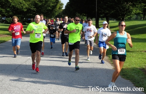 BrainStrong 5K Run/Walk<br><br><br><br><a href='http://www.trisportsevents.com/pics/IMG_3690.JPG' download='IMG_3690.JPG'>Click here to download.</a><Br><a href='http://www.facebook.com/sharer.php?u=http:%2F%2Fwww.trisportsevents.com%2Fpics%2FIMG_3690.JPG&t=BrainStrong 5K Run/Walk' target='_blank'><img src='images/fb_share.png' width='100'></a>