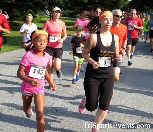 BrainStrong 5K Run/Walk<br><br><br><br><a href='https://www.trisportsevents.com/pics/IMG_3695.JPG' download='IMG_3695.JPG'>Click here to download.</a><Br><a href='http://www.facebook.com/sharer.php?u=http:%2F%2Fwww.trisportsevents.com%2Fpics%2FIMG_3695.JPG&t=BrainStrong 5K Run/Walk' target='_blank'><img src='images/fb_share.png' width='100'></a>