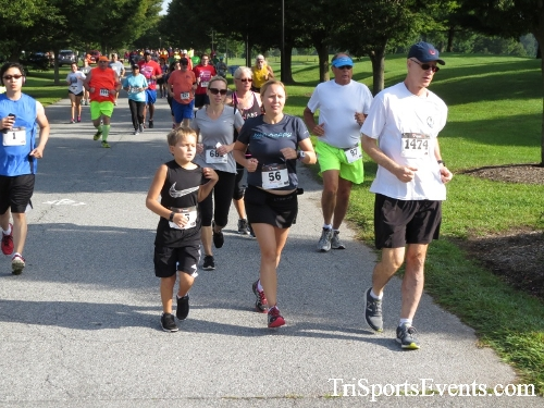 BrainStrong 5K Run/Walk<br><br><br><br><a href='http://www.trisportsevents.com/pics/IMG_3703.JPG' download='IMG_3703.JPG'>Click here to download.</a><Br><a href='http://www.facebook.com/sharer.php?u=http:%2F%2Fwww.trisportsevents.com%2Fpics%2FIMG_3703.JPG&t=BrainStrong 5K Run/Walk' target='_blank'><img src='images/fb_share.png' width='100'></a>