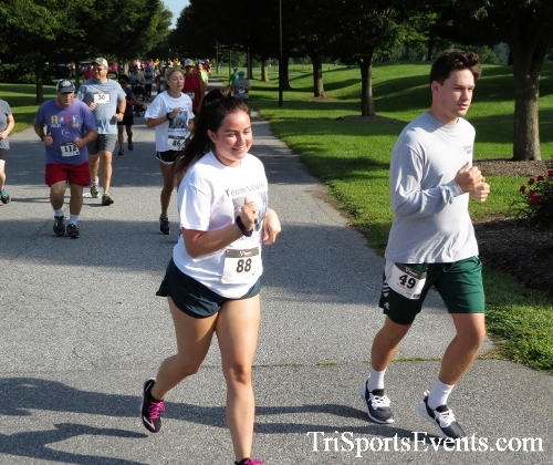 BrainStrong 5K Run/Walk<br><br><br><br><a href='http://www.trisportsevents.com/pics/IMG_3707.JPG' download='IMG_3707.JPG'>Click here to download.</a><Br><a href='http://www.facebook.com/sharer.php?u=http:%2F%2Fwww.trisportsevents.com%2Fpics%2FIMG_3707.JPG&t=BrainStrong 5K Run/Walk' target='_blank'><img src='images/fb_share.png' width='100'></a>