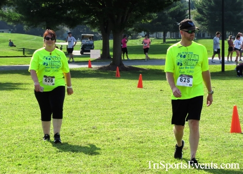 BrainStrong 5K Run/Walk<br><br><br><br><a href='http://www.trisportsevents.com/pics/IMG_3901.JPG' download='IMG_3901.JPG'>Click here to download.</a><Br><a href='http://www.facebook.com/sharer.php?u=http:%2F%2Fwww.trisportsevents.com%2Fpics%2FIMG_3901.JPG&t=BrainStrong 5K Run/Walk' target='_blank'><img src='images/fb_share.png' width='100'></a>