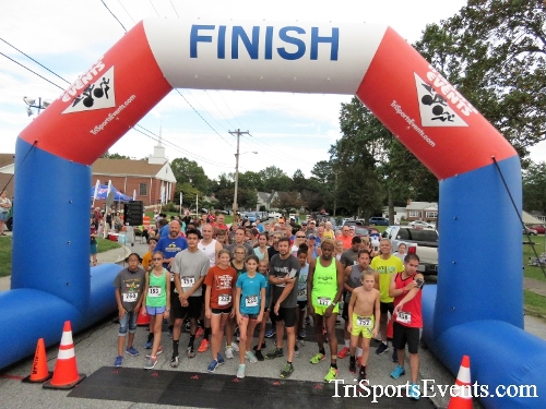 St. Johns Oktoberfest 5K Run/Walk<br><br><br><br><a href='https://www.trisportsevents.com/pics/IMG_4268.JPG' download='IMG_4268.JPG'>Click here to download.</a><Br><a href='http://www.facebook.com/sharer.php?u=http:%2F%2Fwww.trisportsevents.com%2Fpics%2FIMG_4268.JPG&t=St. Johns Oktoberfest 5K Run/Walk' target='_blank'><img src='images/fb_share.png' width='100'></a>