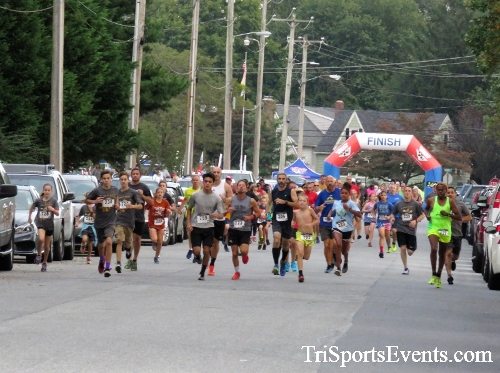 St. Johns Oktoberfest 5K Run/Walk<br><br><br><br><a href='https://www.trisportsevents.com/pics/IMG_4269.JPG' download='IMG_4269.JPG'>Click here to download.</a><Br><a href='http://www.facebook.com/sharer.php?u=http:%2F%2Fwww.trisportsevents.com%2Fpics%2FIMG_4269.JPG&t=St. Johns Oktoberfest 5K Run/Walk' target='_blank'><img src='images/fb_share.png' width='100'></a>