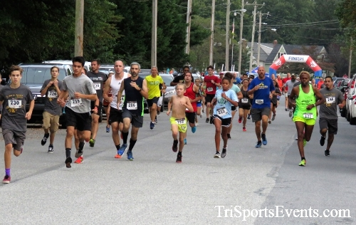 St. Johns Oktoberfest 5K Run/Walk<br><br><br><br><a href='https://www.trisportsevents.com/pics/IMG_4270.JPG' download='IMG_4270.JPG'>Click here to download.</a><Br><a href='http://www.facebook.com/sharer.php?u=http:%2F%2Fwww.trisportsevents.com%2Fpics%2FIMG_4270.JPG&t=St. Johns Oktoberfest 5K Run/Walk' target='_blank'><img src='images/fb_share.png' width='100'></a>